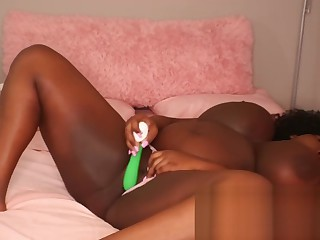 Ebony BBW Masturbates In the long run b for a long time Her Parents Are Quarters