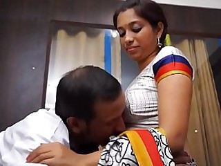 Indian doctor seduces Hindu patient